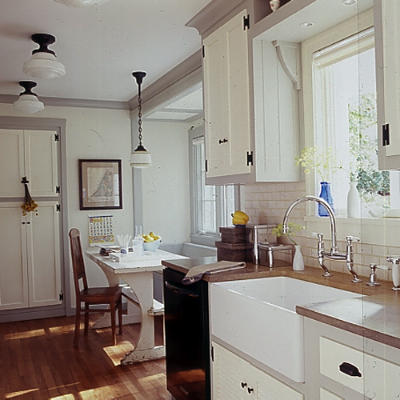 farmhouse sinks and wood countertops?