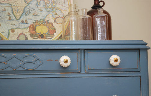 six french grey dresser detail